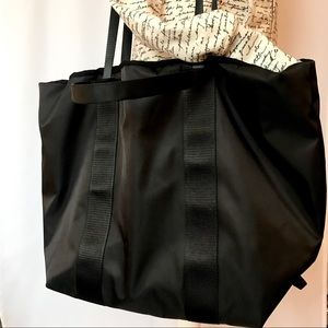 "Fabletics ""The Day Trip Tote"" Tote or Crossbody"